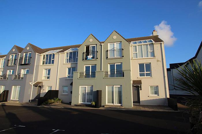 3 Old Castle Court, Portrush