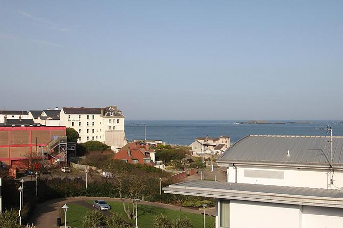 17 Peninsula Apartments, Portrush
