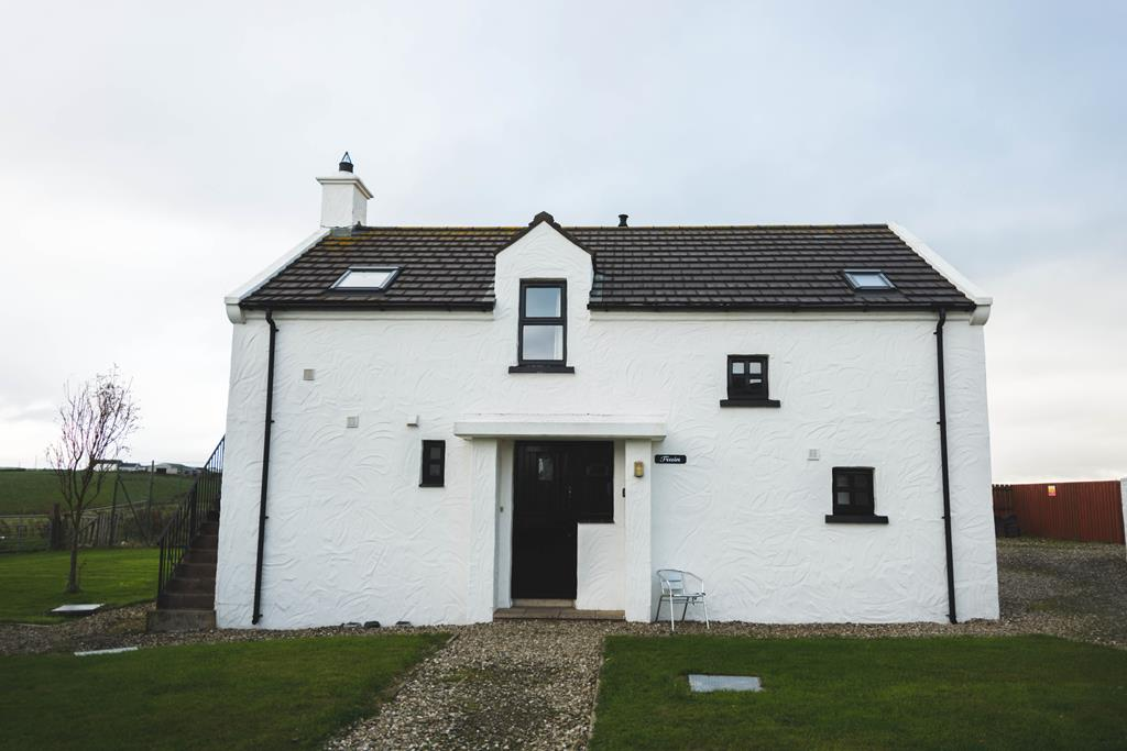 'Truin House' Ballylinny Cottage